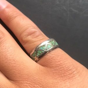 Hand made sterling Navajo ring w/ turquoise inlay